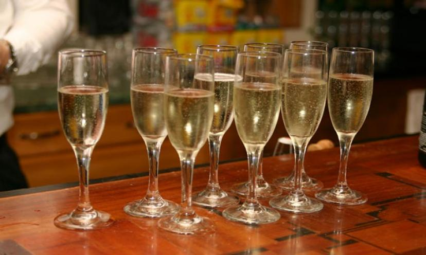 How to Bring Back the Sparkle in Your Champagne