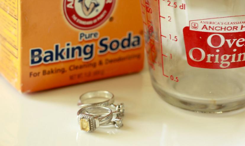 How to Easily Clean Silver Jewelry