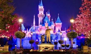 Get FREE Disney Parks Vacation Planning DVDs!