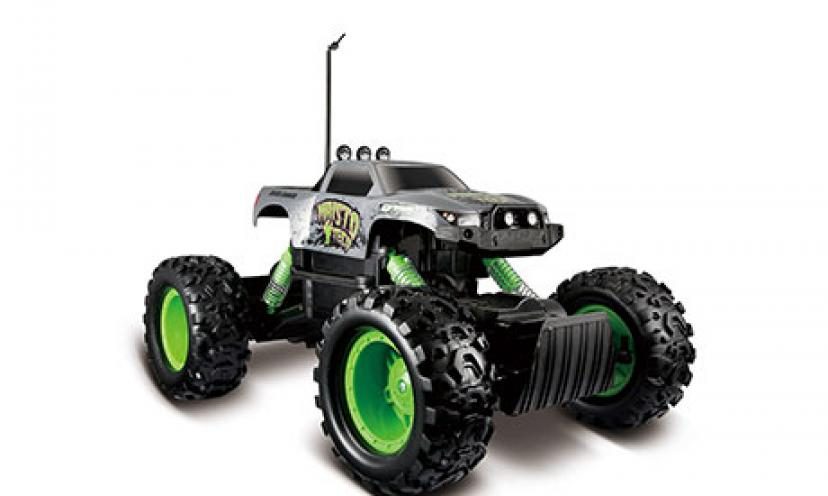 Save 52% Off on Maisto R/C Rock Crawler Radio Control Vehicle!