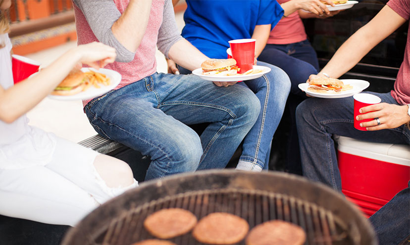 6 Ways to Trick Out Your Tailgate Party on a Budget!