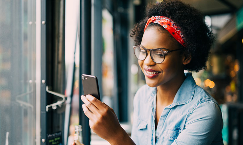 9 Useful Smartphone Apps That Can Help You Save